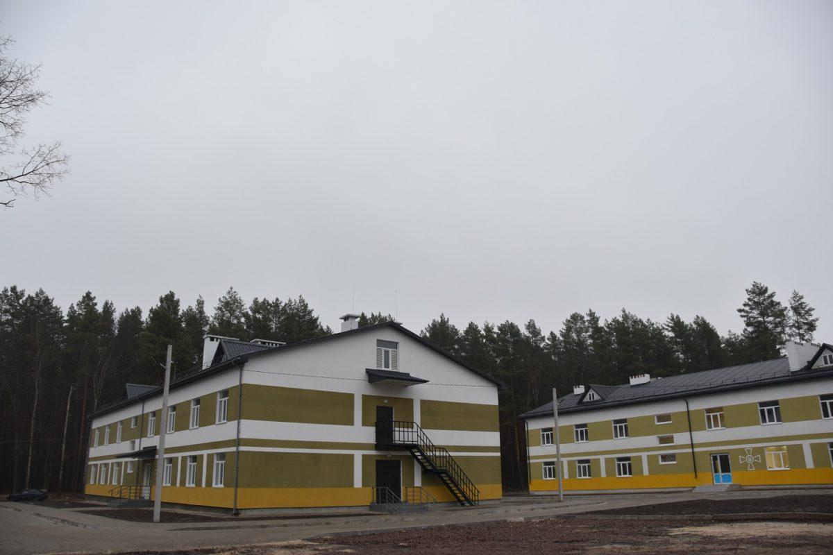 Танкісти з Чернігівщині до кінця року заселяться до новеньких кімнат у гуртожитках поліпшеного планування