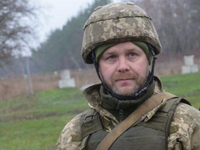 «Треба готуватися до захисту своєї країни, адже у світі поважають сильних» – резервіст Олександр Малофеєв