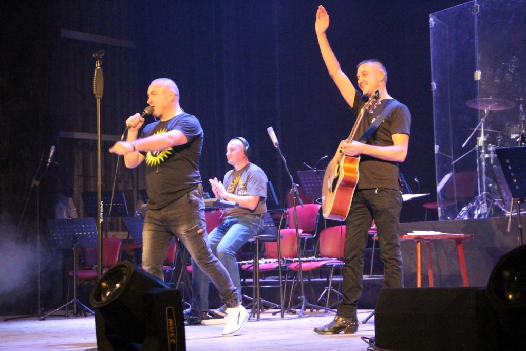Вінницькі військові музиканти провели благодійний концерт на підтримку онкохворої дівчинки