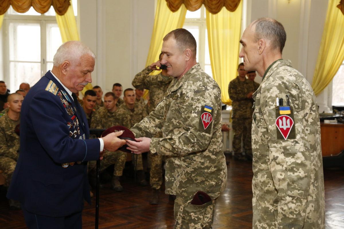 В Одесі вшанували найкращих десантників