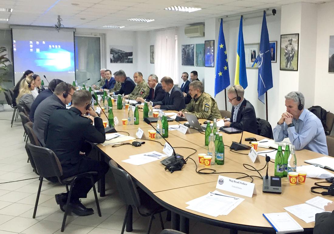 В Україні визначають стратегію оборони