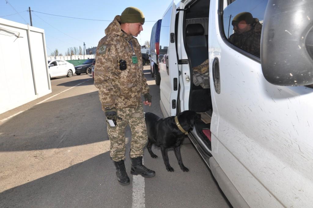 Червоний Хрест відправив на Донбас гуманітарну допомогу