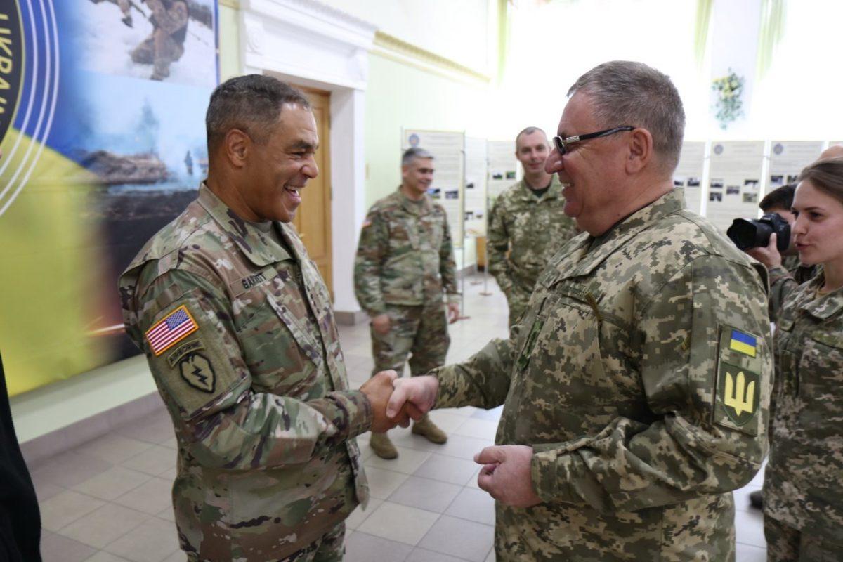 Який український військовий виш найчастіше відвідують іноземні делегації?