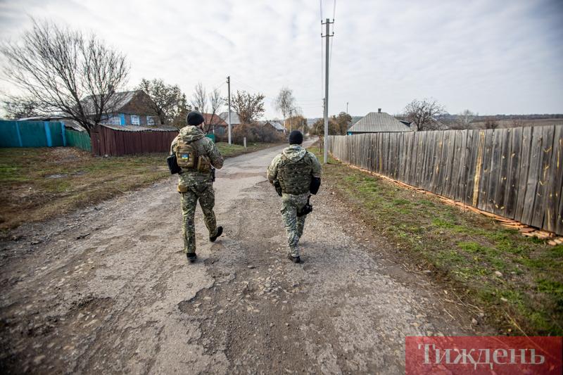 Як військові облаштовують нові позиції під Катеринівкою