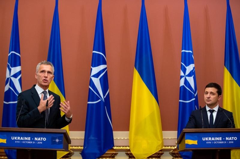 Міністри країн НАТО зраділи поверненню українських кораблів