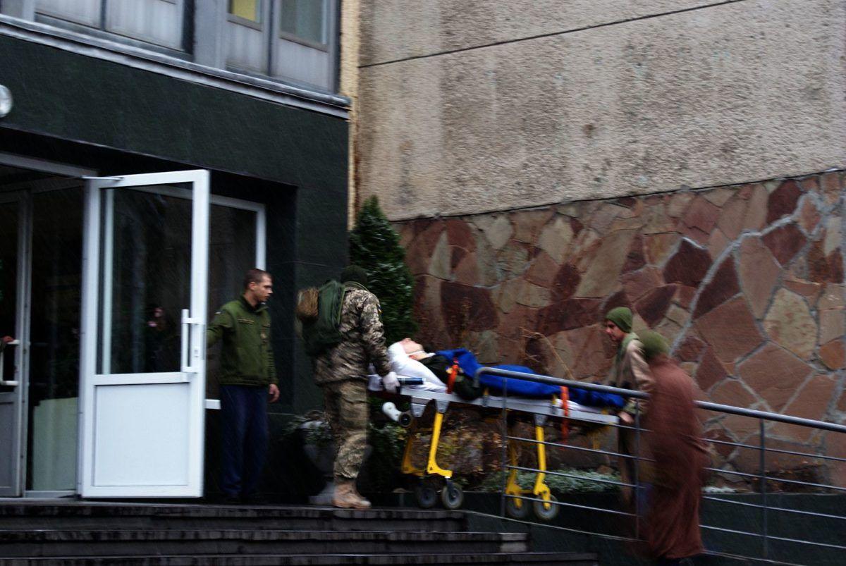 Львів прийняв борт із пораненими