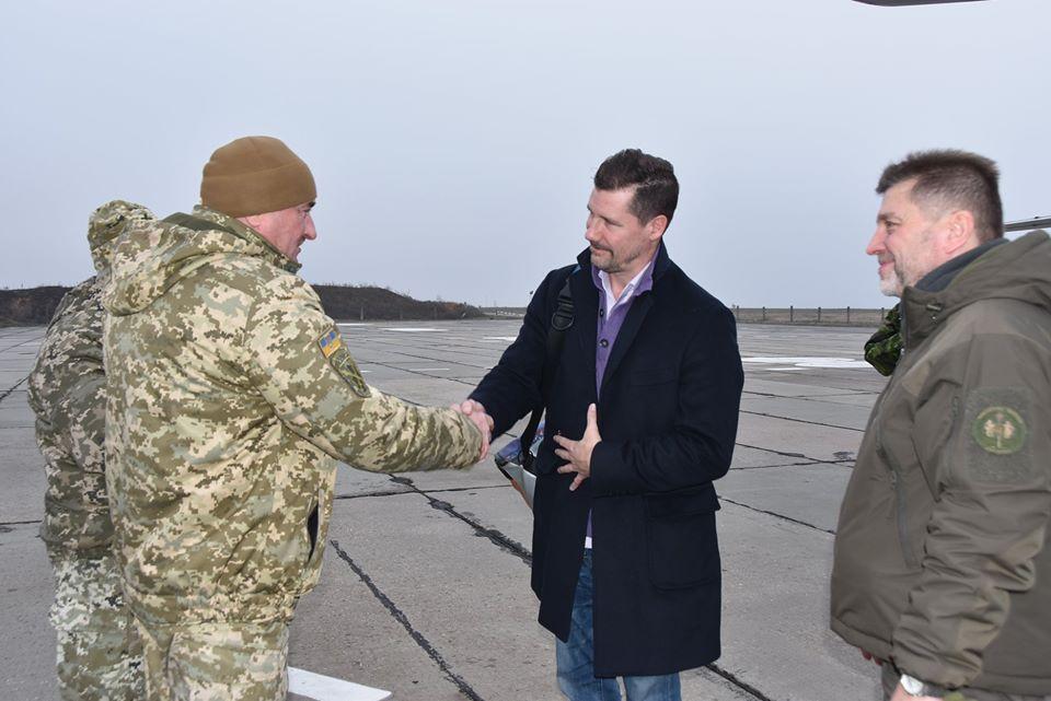 Район проведення ООС відвідала делегація Міністерства оборони Канади