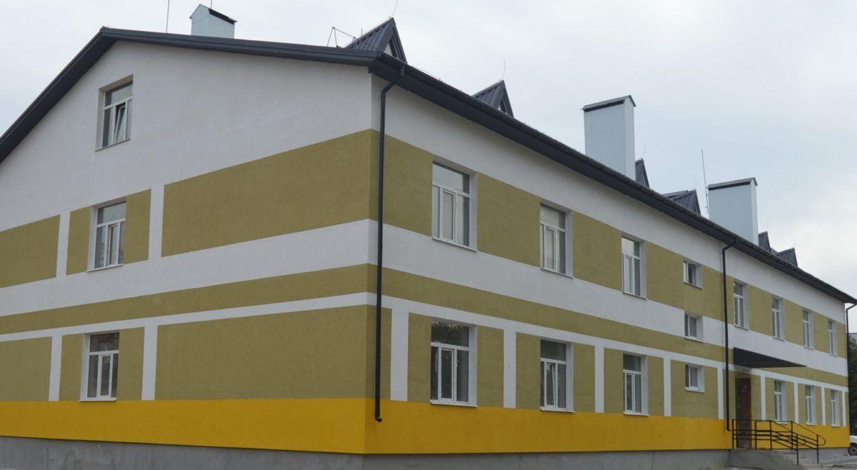 Цього року в навчальних центрах ЗСУ введено в експлуатацію 8 казарм поліпшеного планування, ще 12 – будують