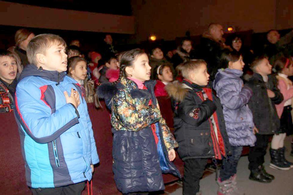 Що приготував Святий Миколай дитячим серцям з уламками війни