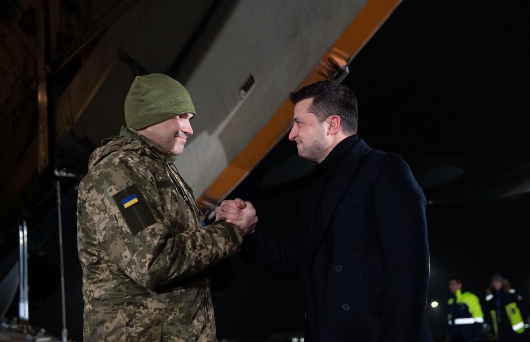«Це – велика перемога», – Президент України про звільнення українських бранців