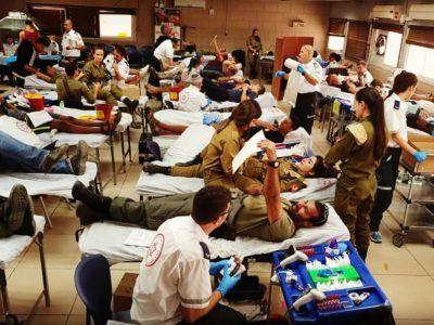 «Брати по крові» — міжнародний досвід військового донорства