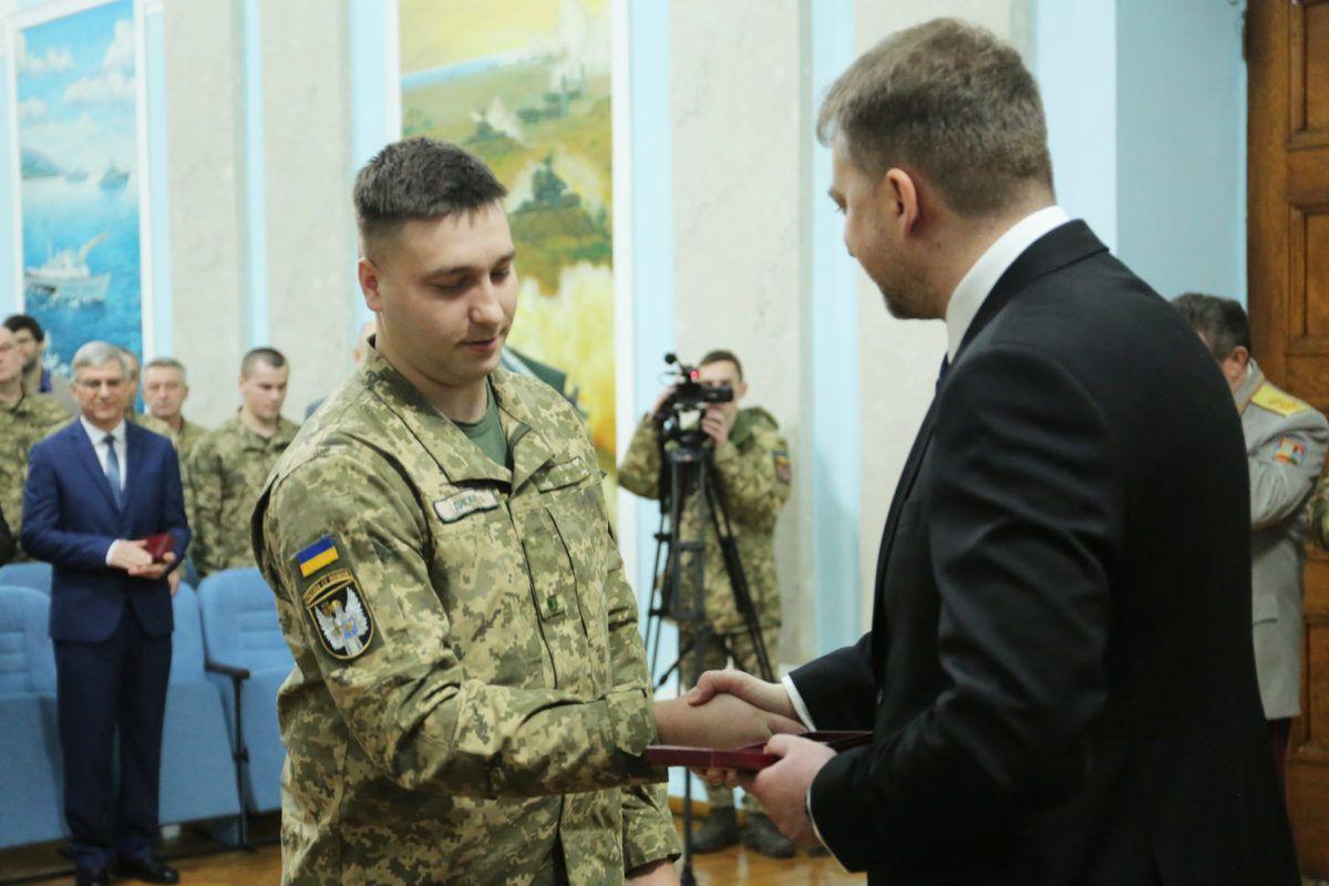Міністр оборони вручив військовослужбовцям ЗСУ державні нагороди