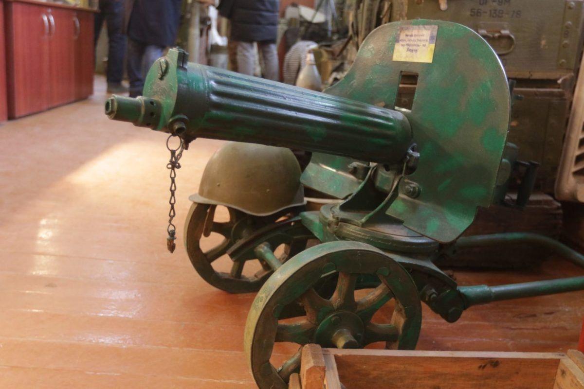 На сьомому десятку життя ветеран АТО відкрив обеліск загиблим на Сході України воїнам-розвідникам і три музеї