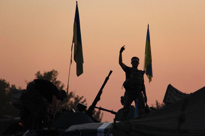 У Києві триває фотовиставка за участю АрміяInform «Одна війна — одна нація — два погляди»
