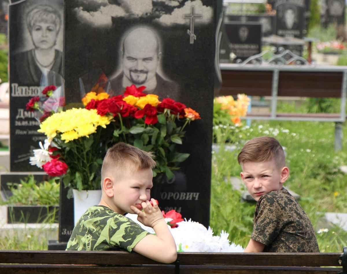Діти загиблих на Сході вінничан отримають матеріальну допомогу до Дня Святого Миколая