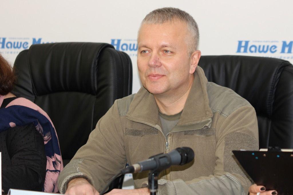У Дніпрі ветеран війни Борис Кутовий презентував книгу «Листи здалеку»