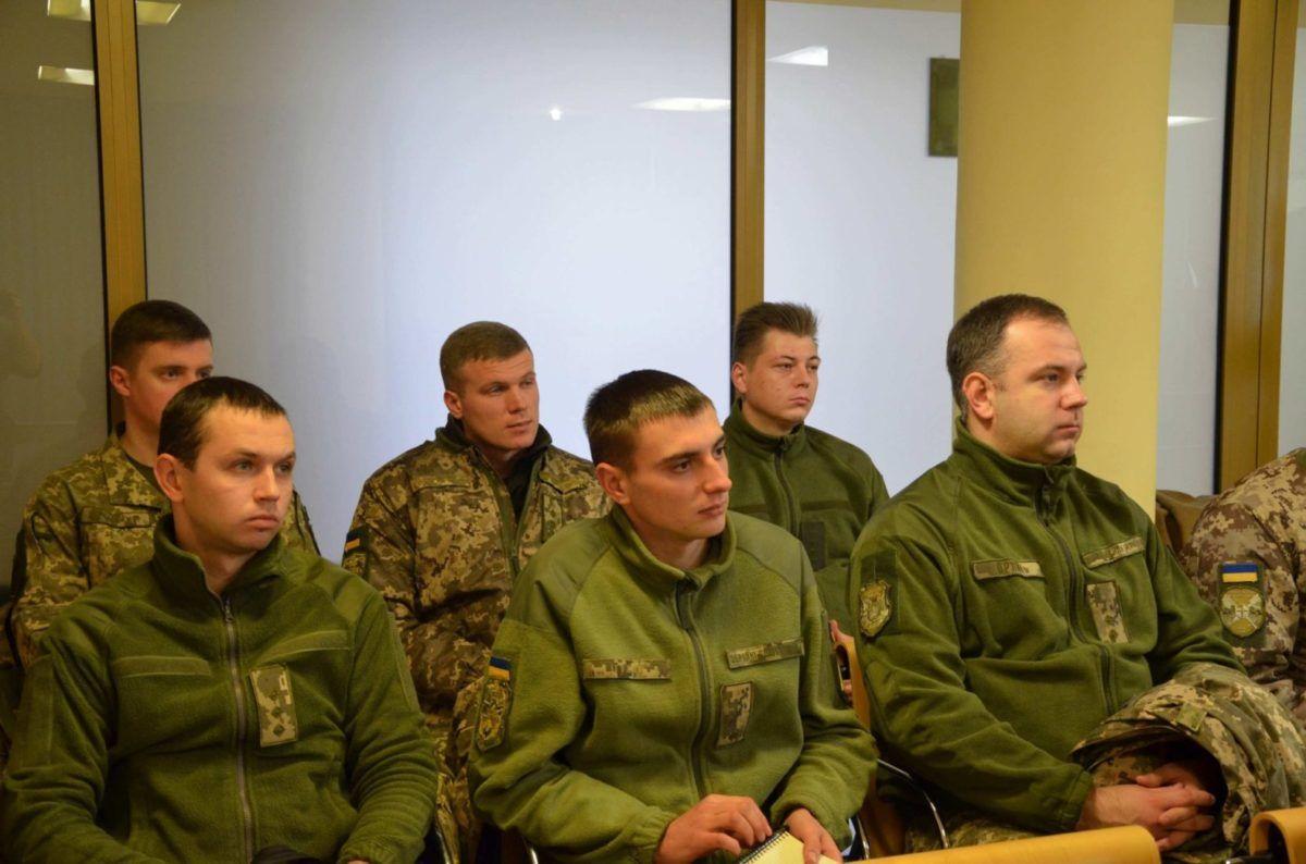 Військових запросили до суду