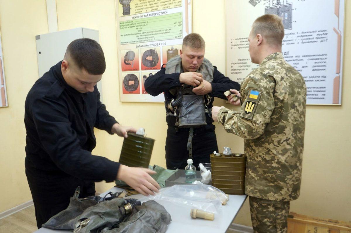Харківські курсанти-танкісти стали водолазами