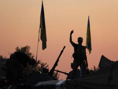 Фотовиставка за участю АрміяInform «Одна війна – одна нація – два погляди» поїхала до Одеси