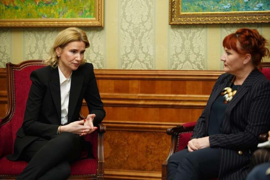 Віцеспікер Верховної Ради зустрілася зі спецпредставницею Генсека НАТО
