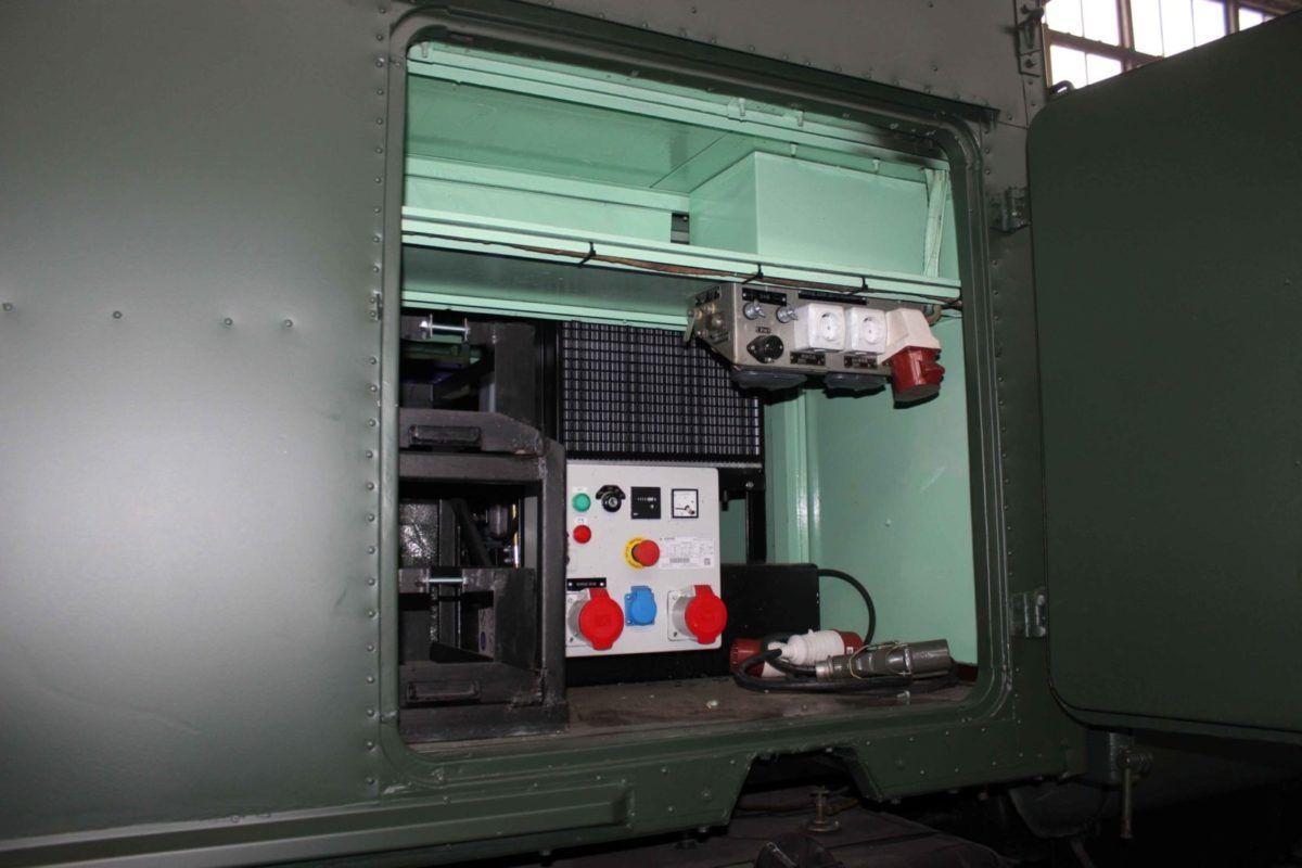 Спецмашини для танкових підрозділів модернізують у Вінниці
