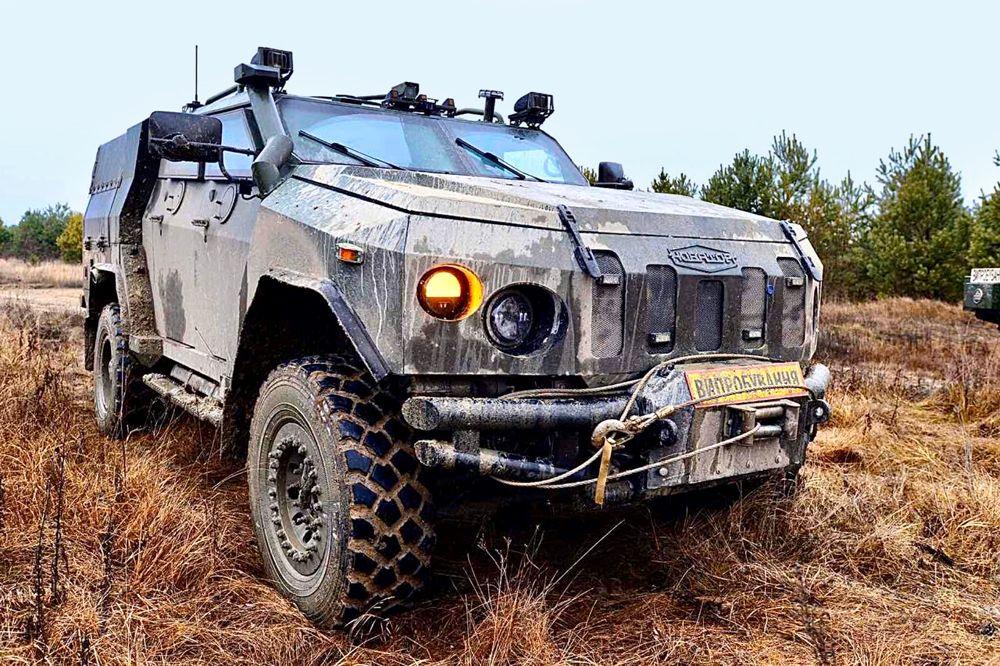 Сухопутні війська отримають понад 40 бронеавто «Новатор»