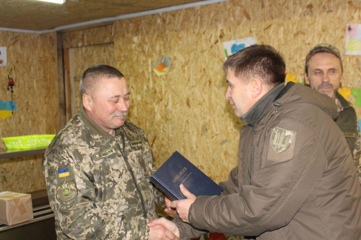 До танкістів у ООС завітав Головний капелан ЗС Латвії