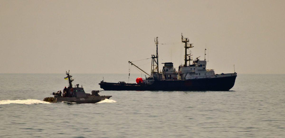 До кінця року завершиться ремонт морського буксира ВМС «Корець»