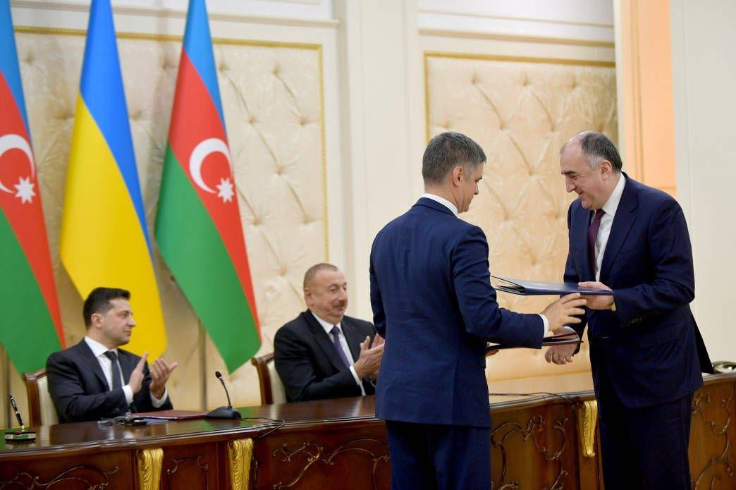 На зустрічі президентів України й Азербайджану підписані двосторонні документи
