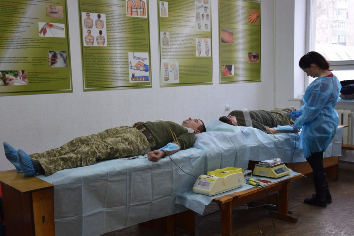 Військові зв'язківці Полтавщини підтримали акцію «Крапля крові дарує, рятує життя»