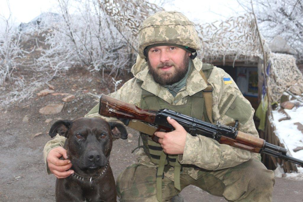 Бойовий пес Капрал — талісман роти на передовій