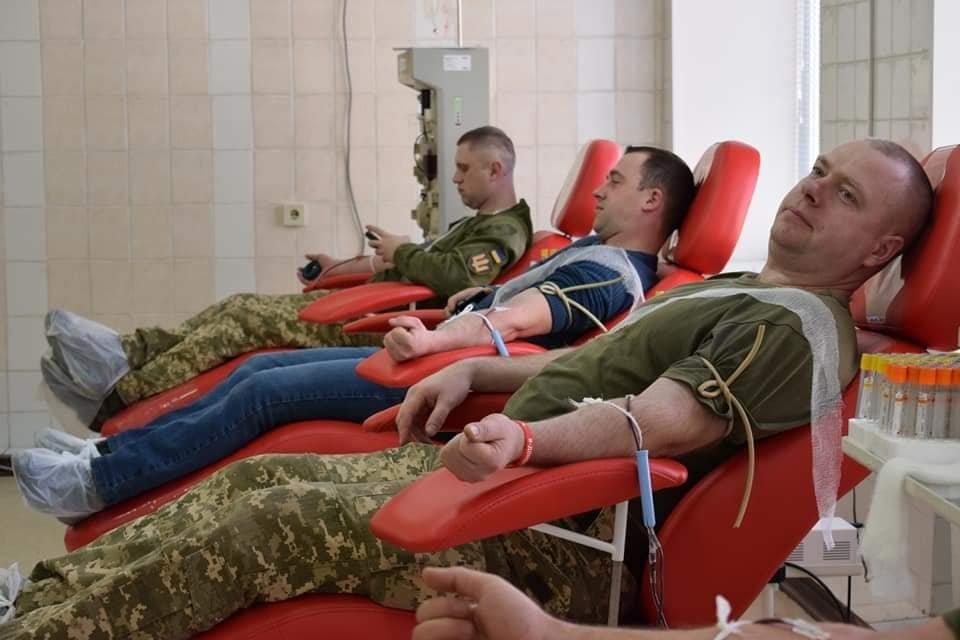 Акцію «Брати по крові» прийняли облвійськкомісаріат та бригада тероборони Житомирщини