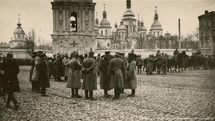 «Ихтамнет» сто років тому: як Росія брехала в 1919 році про вторгнення в Україну
