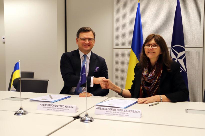 Спільні навчання України і НАТО в Одесі: Кулеба і Каденбах підписали документ