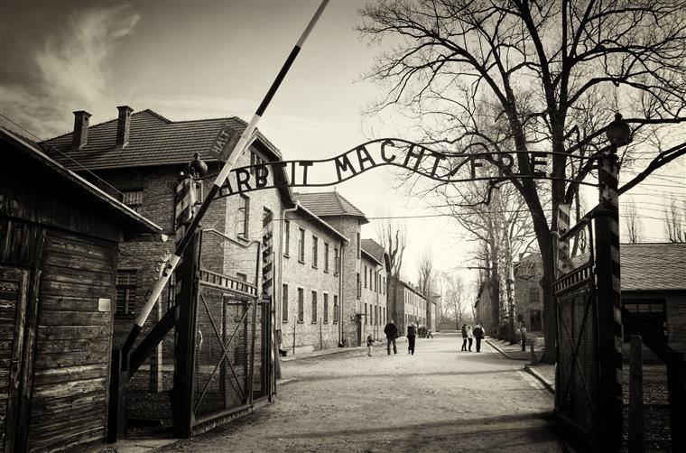 Вісім фото, що розкажуть про страшні події Голокосту в Україні