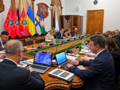 Іноземні радники високого рівня оцінили стан та перспективи реформування Міністерства оборони та ЗС України