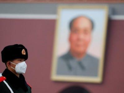 У Китаї вводять воєнний стан через коронавірус