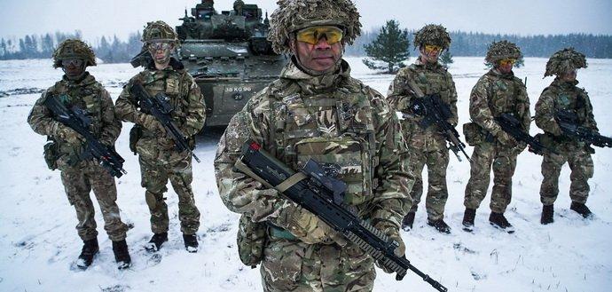 Армія під цивільним контролем: як це діє у НАТО та чому потрібно Україні