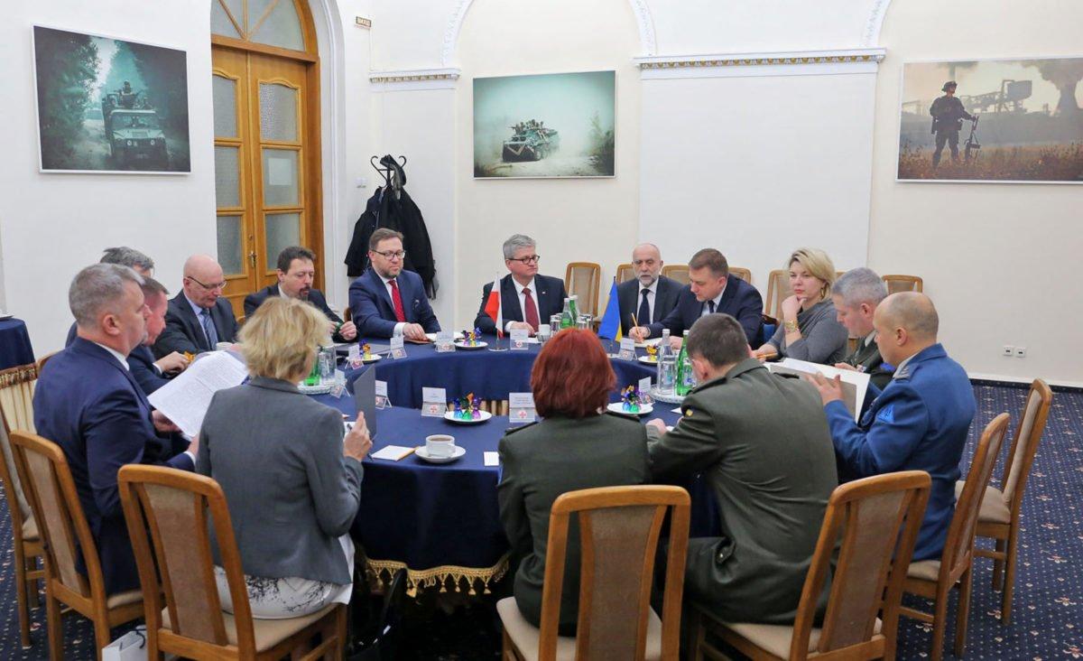 В Міноборони обговорили питання співробітництва в оборонній сфері між Україною та Республікою Польща