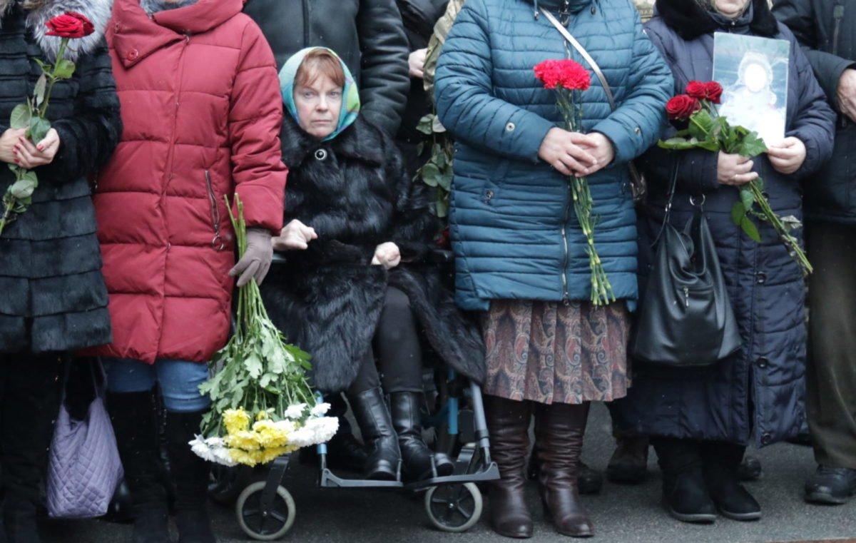 Побачивши відео, де бойовики вбивають її сина, мати «кіборга» Андрія Гаврилюка опинилася на інвалідному візку