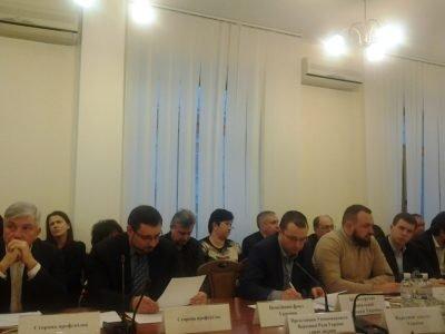 Медпрацівникам, які брали участь у військових діях на Донбасі, хочуть надати статус УБД