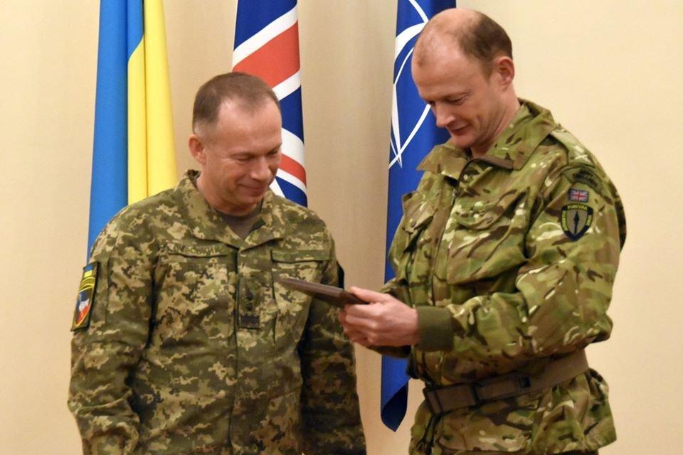 Командувач Сухопутних Військ ЗСУ зустрівся з начальником штабу Об'єднаного корпусу швидкого реагування НАТО