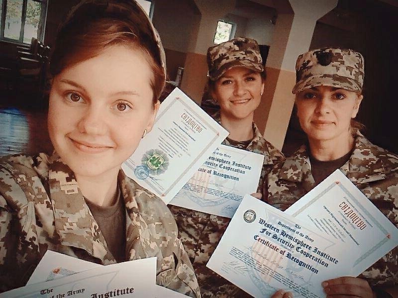 Бойовий медик сержант Аніта Немченко: «Навіть якби не змогла пораненого винести на собі, я б його котила, і зробила все можливе для порятунку»