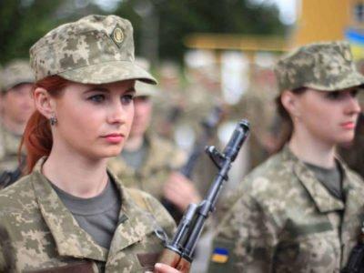 Фонд «Демократичні ініціативи» досліджує потреби ветеранок України