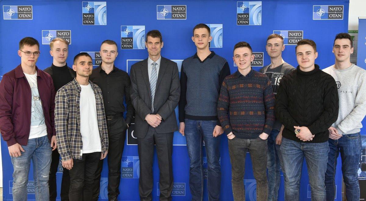 НАТО TIDE Hackathon 2020: курсанти ВІТІ посіли друге місце на міжнародних змаганнях із програмування