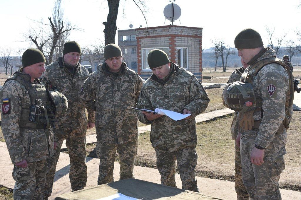 Командувач ДШВ генерал-лейтенант Євген Мойсюк відзначив високий рівень підготовки миколаївських десантників