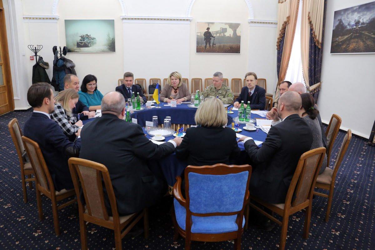 В Міноборони обговорили питання подальшої взаємодії з НАТО