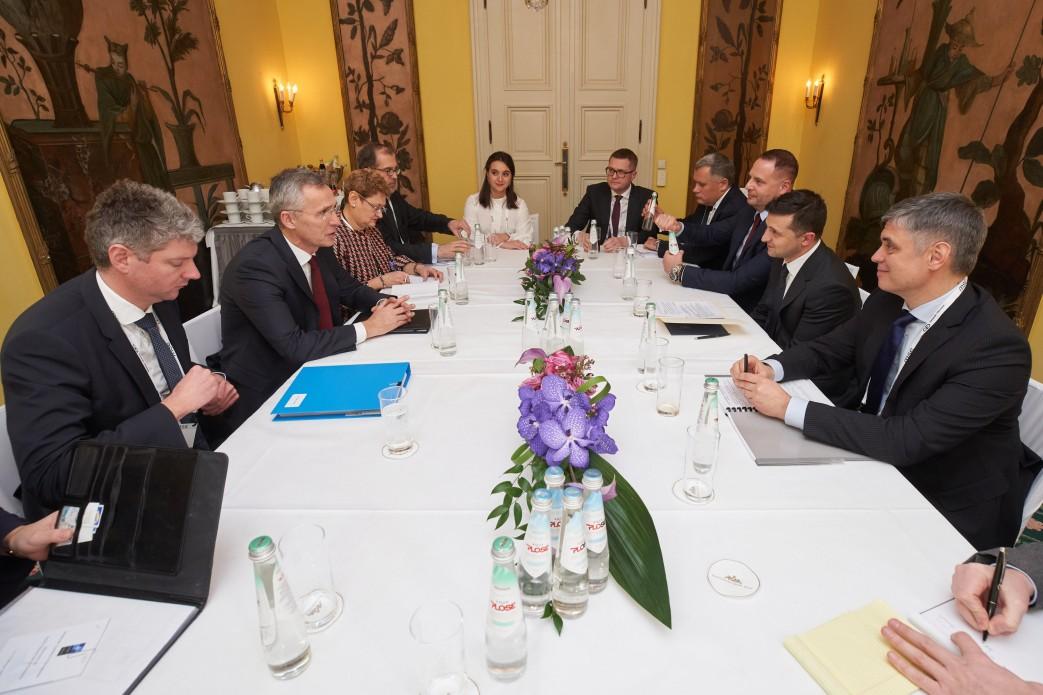 Президент України зустрівся з Генеральним секретарем НАТО