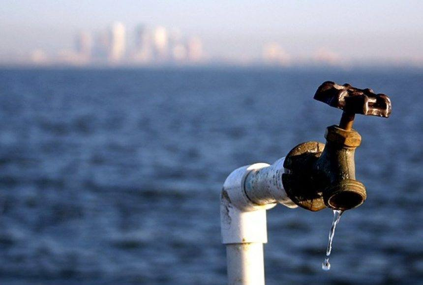 Україну примусить подати воду в Крим… коронавірус?