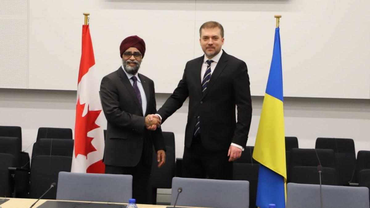 Міністри оборони України та Канади визначили пріоритети двостороннього оборонного співробітництва